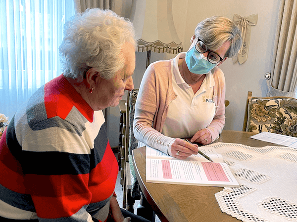 Erste Seniorenbetreuung